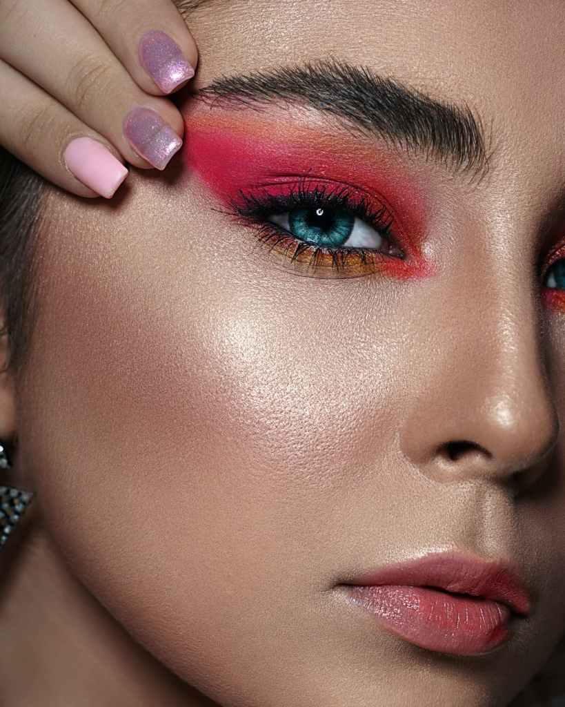 eyeliner-makeup-artist-image